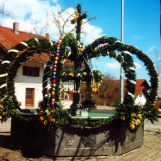 Osterbrunnen in Seeg